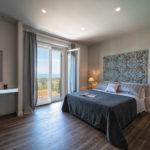 Villa Olivo_Ensuite bedroom with balcony