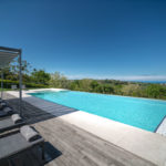 VIlla Olivo_Infinity pool & shaded Yoga deck